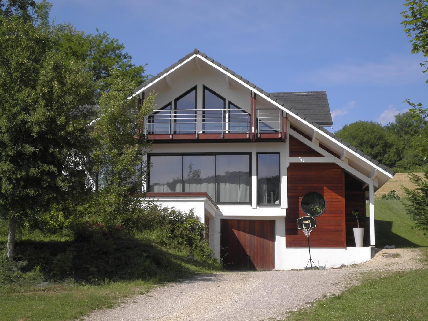 Maison bois contemporaine bardage bois maison bois for Bardage maison bois