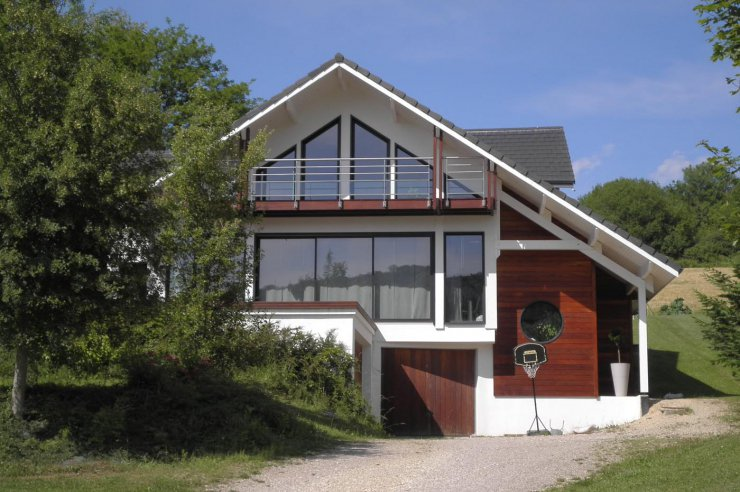 Salon Contemporain Gris Et Bois : Maison bois contemporaine, bardage bois  Maison bois contemporaine,